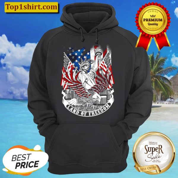 Statue of Liberty land of freedom American flag Hoodie