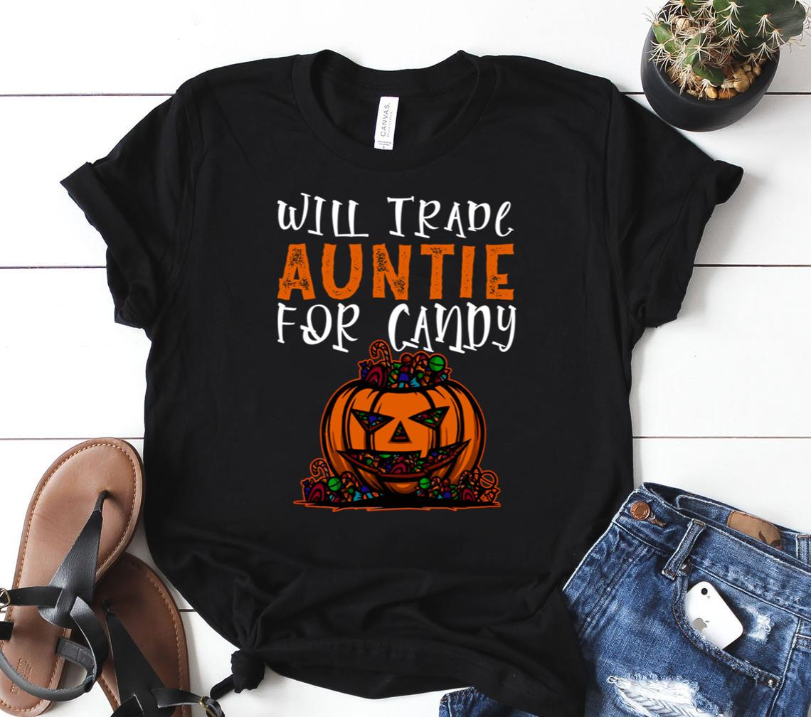Will Trade Auntie For Candy Funny Halloween Kids Men And Women Shirt Classic T-shirt
