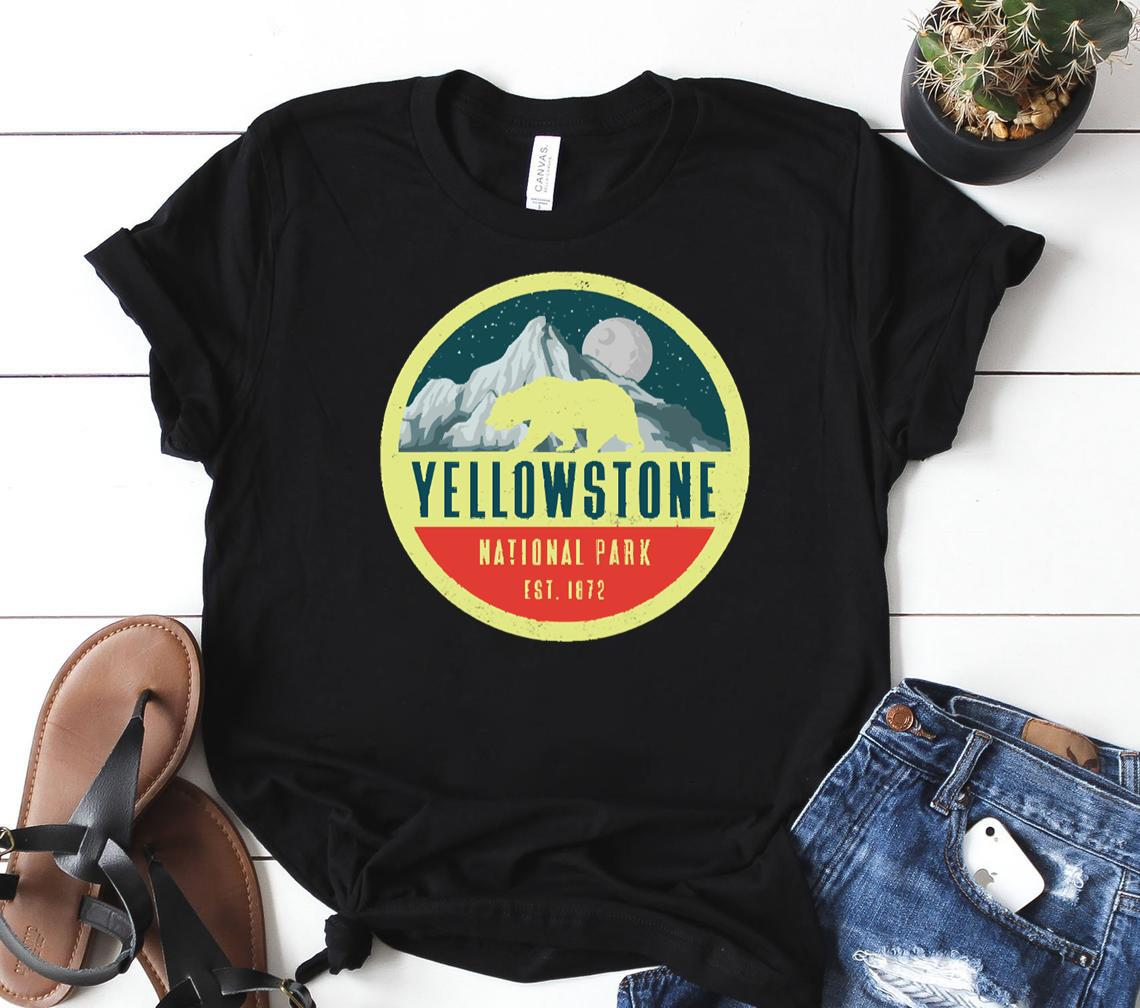 yellowstone national park adventure grizzly bear classic shirt